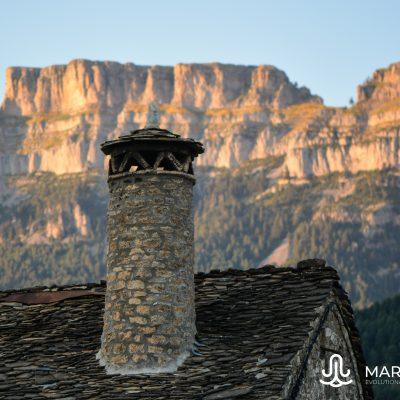 Chimenea troncocónica (Pyrenees)